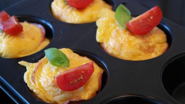 sun dried-tomato muffins